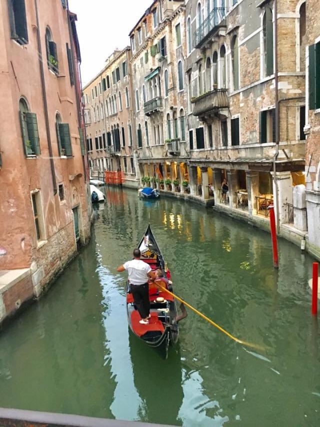Venice Italy Gondola Guide
